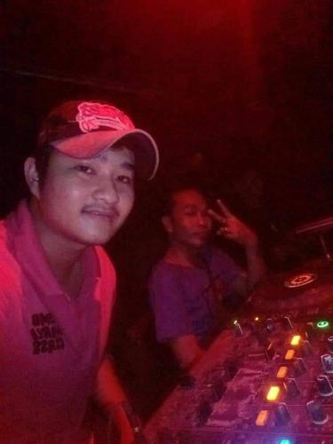 Download Lagu DJ DODDHY ON THE MIX - TERHANYUT DALAM KEMESRAAN 2020.mp3 Terbaru